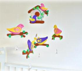 Baby bird mobile - Nursery mobile - Chandelier crystals, felt birds, bees, bird house in yellow, pink, purple, green, beige - Children decor