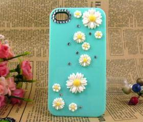 Unique iPhone case, iPhone 4 case, white chrysanthemum iPhone case, iPhone 4 covers, iPhone accessories
