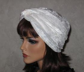 Twist Turban -White Velour