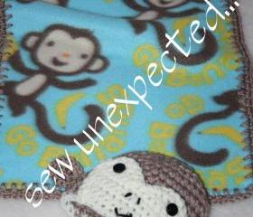 Monkey blanket and beanie
