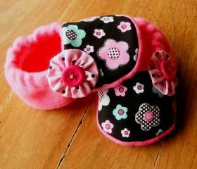 Dotty Pink, Blue, Black Flowers Fleece Baby Booties