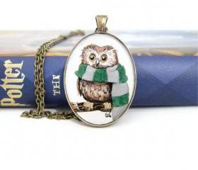 Owl Jewelry, Owl Necklace, Harry Potter Necklace, Harry Potter Jewelry, Slytherin Necklace, Hogwarts Apparel, Owl Gifts
