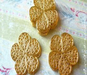 30 Brass Vintage Filigree Caps - Connectors Flower, 26mm, Hole: 1mm