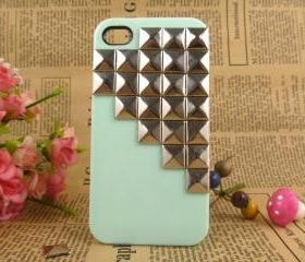 iPhone 4/4case, mint green iPhone 4case, silver studded iPhone case, iPhone covers, designer iPhone case, pyramid stud green hard case cover