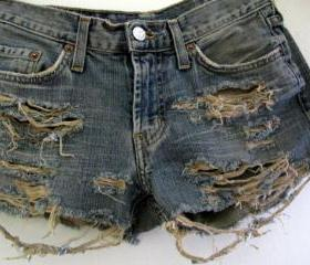 Shredded Shorts Size 1 2 Ripped Distressed Frayed Torn Jean Denim Levis