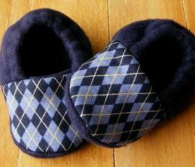 Toddler Sizes - Blue Argyle Fleece Baby Booties with Non-Slip Soles