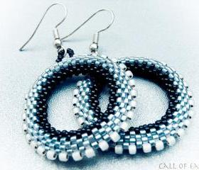 Morning Mist. Metallic Chic Hoop Earrings. Holiday jewelry. Black Silver Grey gray Beadwoven Wheel. made for order