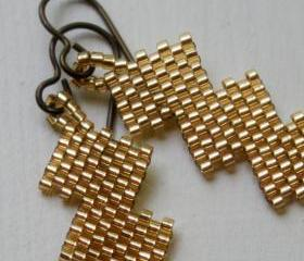 Beaded Zig Zag Fall Gold Earrings