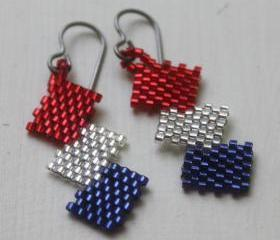 Zig Zag Red White & Blue Patriotic Beaded Earrings