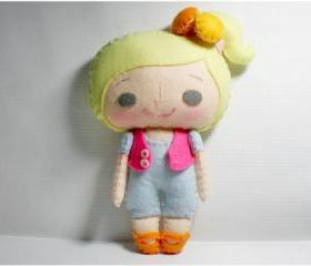 Vicky girl - doll pattern, felt doll, PDF