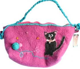  Curious kitty felt Handbag