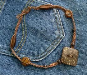 Hand-knotted hemp necklace with wooden button pendant