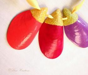 Bright yellow&pink&fuchsia&purple painted shell necklace