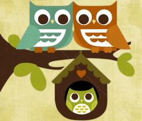 61R Retro Owl Family in Tree 6 x 6 Print