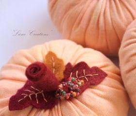 Decorative fabric pumpkins: fall, autumn, Halloween