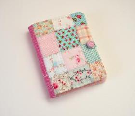 Quilted Needlebook / Travel-sized Sewing Accessories Case
