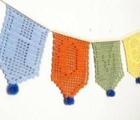 Home sweet home, filet crochet garland. Home decoration. Personalised gift.