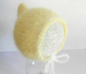 Baby hat - Photo prop - Baby mohair hat -Baby bonnet - Newborn baby hat -Mohair bonnet - Buttery yellow - Pale yellowPixie hat