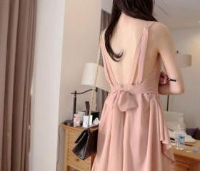 Victorian V Shape Style Backless Chiffon Summer Sexy Lovely Bridesmaid Dress