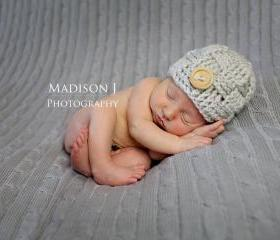 Crochet basketweave beanie in linen for newborn baby boy photography prop - newborn size