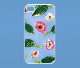 Flower- iphone 4 case,iphone 4s case,personalized iphone case in black or white,plastic or silicone