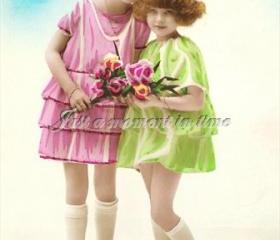 1049 Digital Scan French postcard Sweet sisters Ideal birthday card image 300 dpi