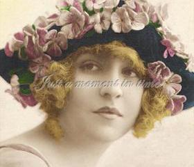 1032 Digital download 300 dpi Bette Midler look alike with Flowery hat
