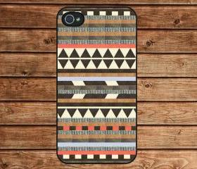 iphone 4 case,iphone 4s case--Aztec print, Aztec pattern, tribal, psychedelic ,in plastic or silicone case