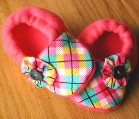 Toddler Size - Pink Argyle with Button Flowers Fleece Baby Booties with Non-Slip Soles