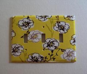 Triple Switchplate Cover Yellow Gray Flowers