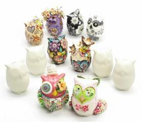 2 pairs of ceramic owl lover Bead
