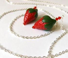Strawberries lariat necklace