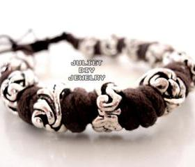 Silver bead hemp cord bracelet 
