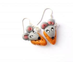 Mice and cheese earrings 
