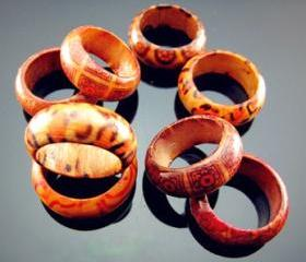 8 Wooden Rings