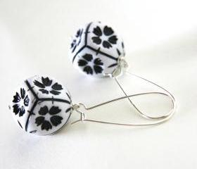 black and white earrings - modern geometrical with sakura flowers