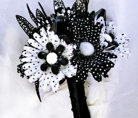 Black and White Wedding Mod Bridal Bouquet Retro Flowers