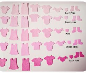 A set of Little baby felt clothing pieces (9)