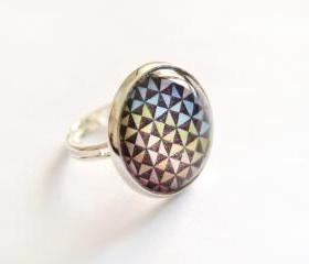 Optical glass ring - rainbow and black triangles, adjustable