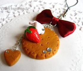 Kawaii cute gingerbread cookie strawberry whipped cream bowknot cell phone strap charm