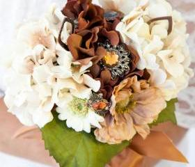 Brown, Cream and Copper Wedding Bouquet with Brooches and Jewelry finds