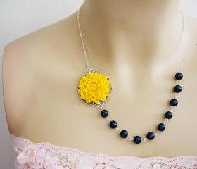 Wedding Jewelry Bridal Necklace Bridesmaid Necklace Bridesmaid Jewelry Light Yellow Flower Cabochon and Crystal Petrol Swarovski Pearls