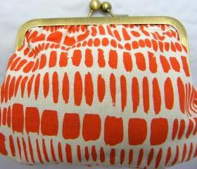"6"" Fabby Purse - Orange Print on White"