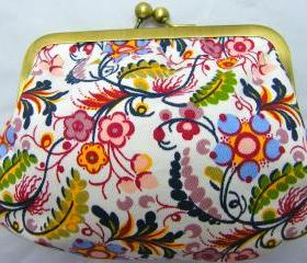 6' Fabby Purse - Flowers