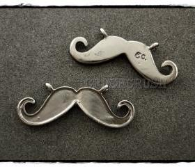 10pcs Metal Mustache Pendants CHARMS CONNECTOR Gunmetal PND-381