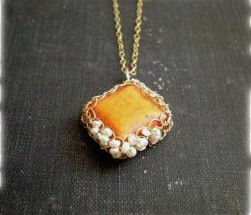SALE 30% OFF - Gold crochet necklace - Orange