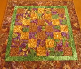 Blended Leaves Table Topper