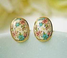 Vintage Floral Glass Cabochon Post Earrings. Gold Frame. Simple. Elegant