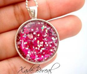 Handmade Hot pink glass pendant necklace