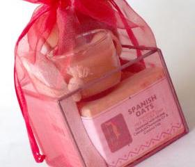 Red Organza Spa Cube Gift Set with Shea Butter Natural Soap